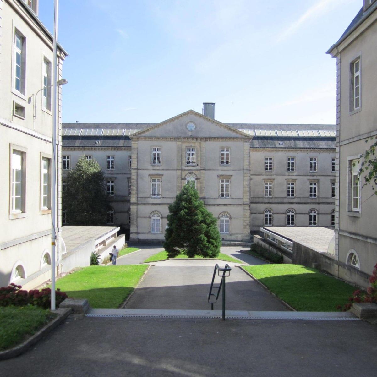 Lycée Lebrun