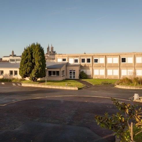 Lycée les Sapins